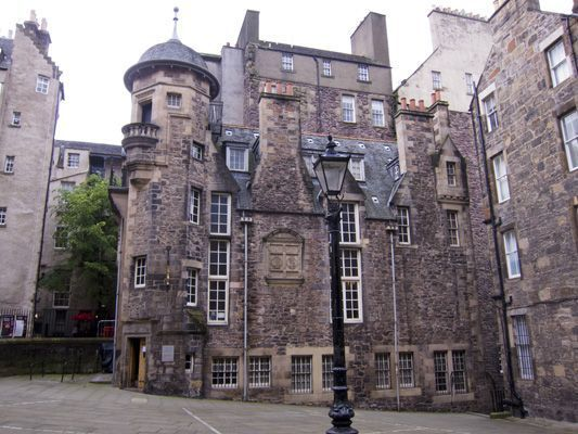 best erasmus guide to edinburgh