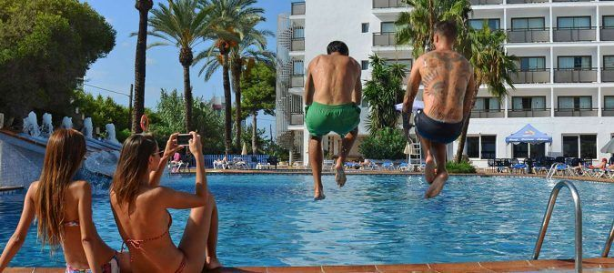 marenostrum-piscina-amigos-hotel-ibiza-4