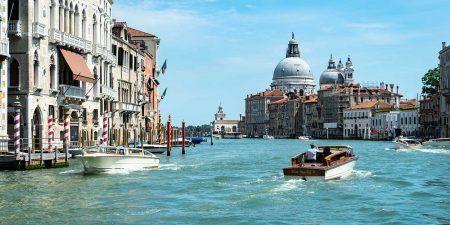 Italia Completa Venecia Canales Barco