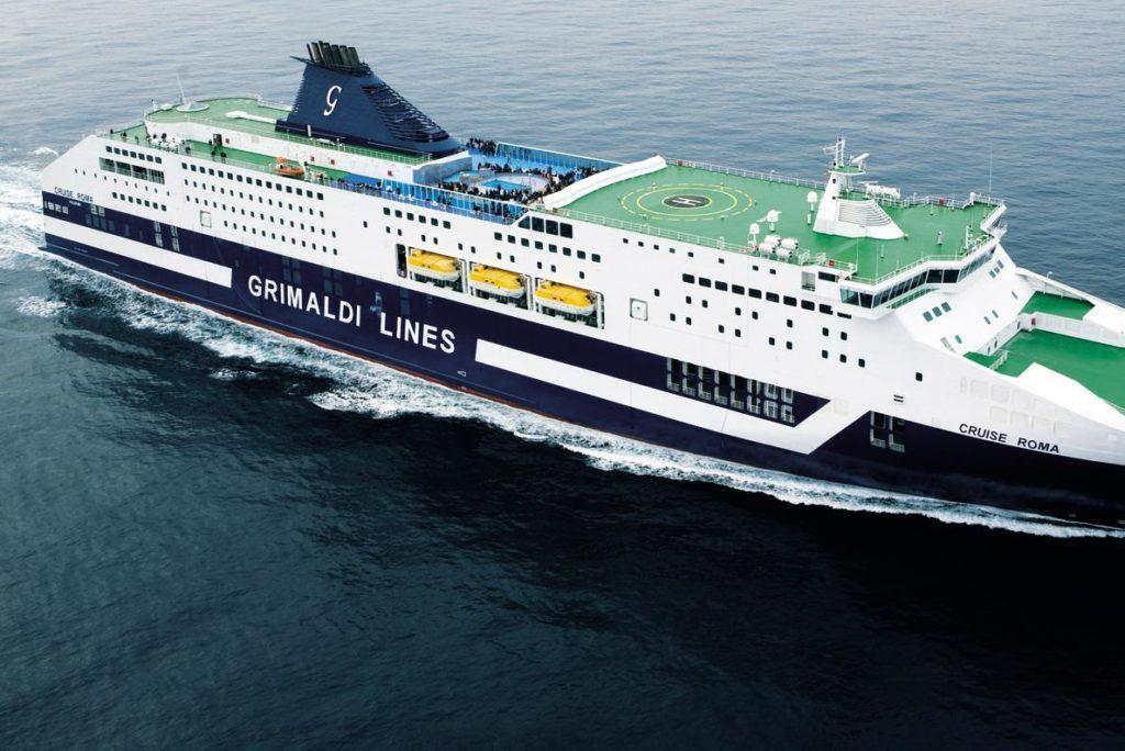 Barco Barcelona Grimaldi de los circuitos por europa