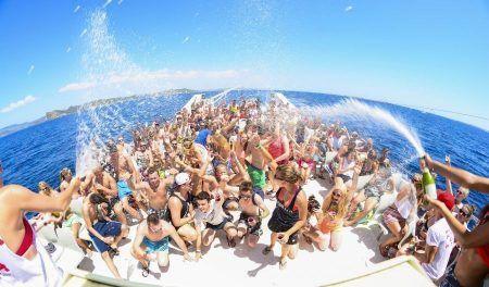 Foto fiesta en barco