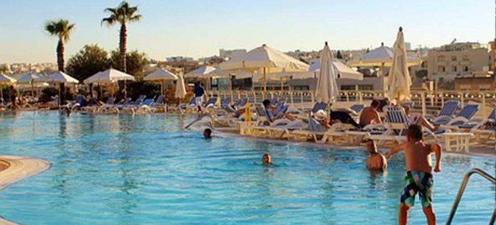 malta-piscina