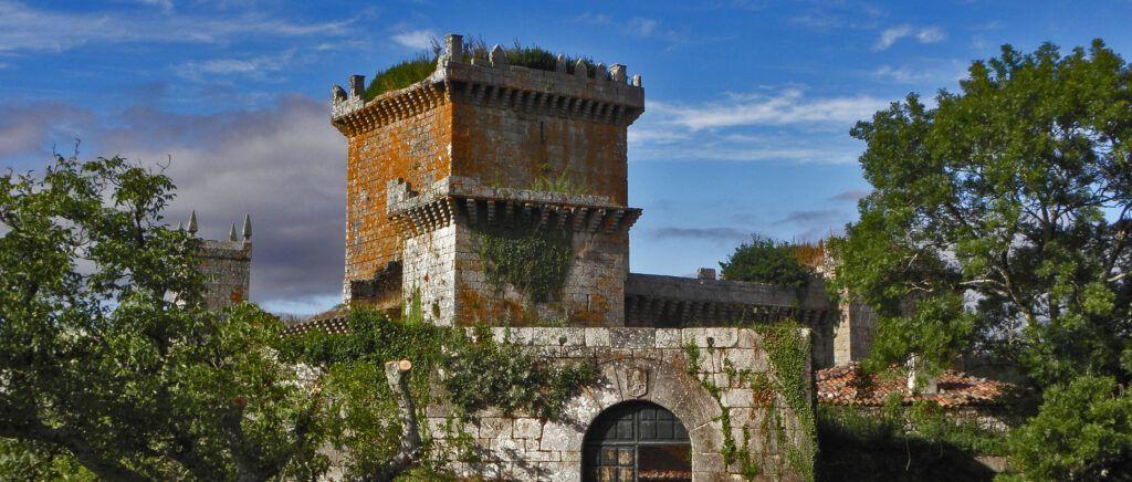 Camino de santiago Castillo de Pambre