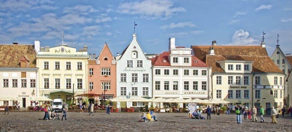 Plaza del Ayuntamiento Qué ver en Tallin Estonia