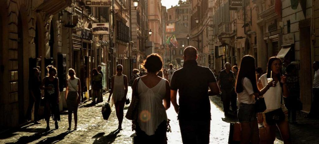 Italia Nápoles Via Toledo