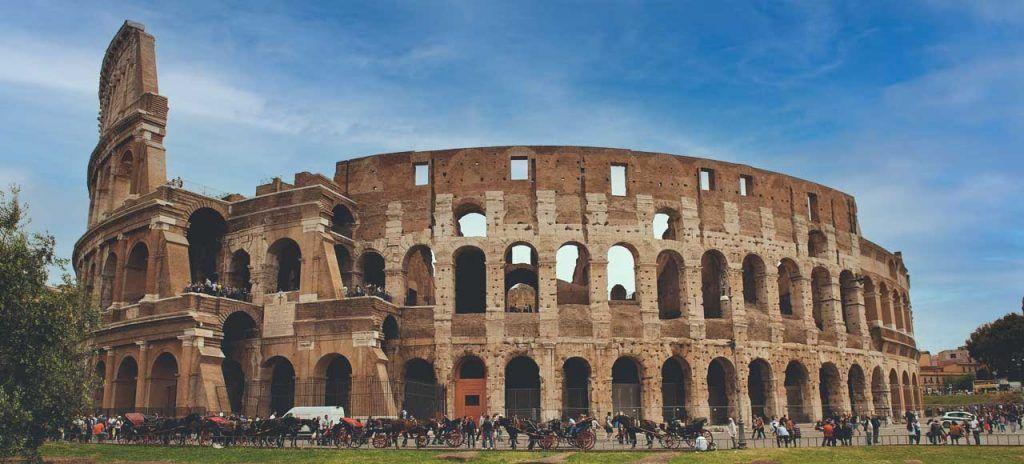 Italia qué ver en Roma en 3 días Coliseo Romano