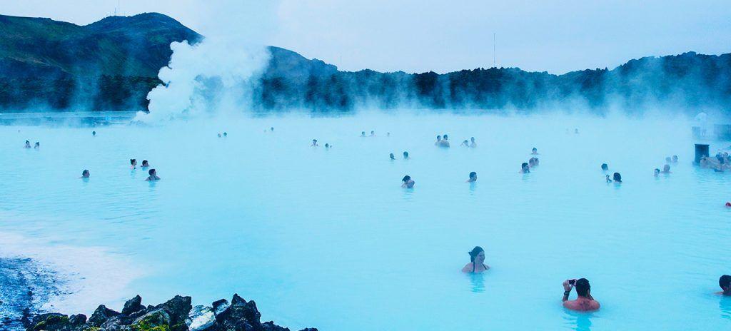 Visita a la laguna azul en tu viaje a Islandia con Unitrips