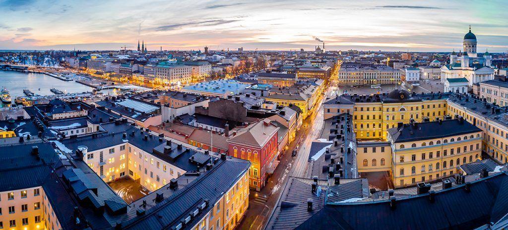 Panorámica de la ciudad de helsinki en Finlandia en el viaje a Laponia con Unitrips