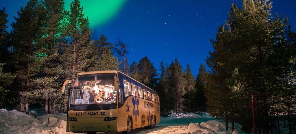 Caza de auroras boreales en Laponia con Unitrips