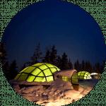Disfruta de una noche mágica en un iglú de cristal en Laponia con Unitrips