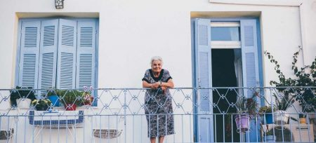 Grecia casita abuela